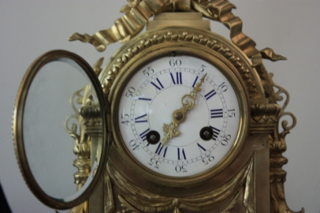 PORCELAIN DIAL WITH ROMAN NUMERALS